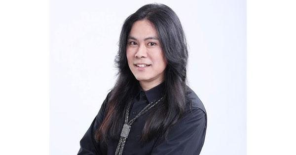 ผลการค้นหารูปภาพสำหรับ ต้อม ไกรวิทย์ โผล่ขึ้นเวทีประกวด The Voice Thailand 6