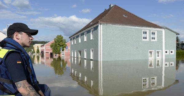 น้ำท่วมต่างประเทศ