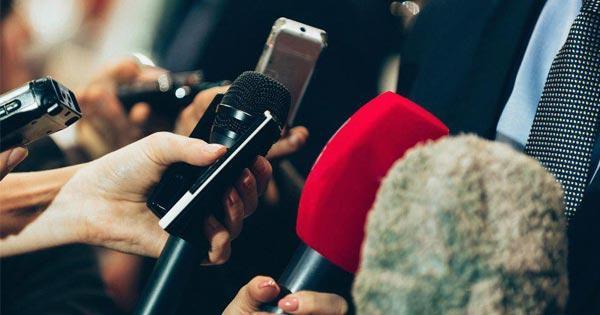 นักข่าวไทย