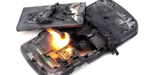แบตเตอรี่ระเบิด